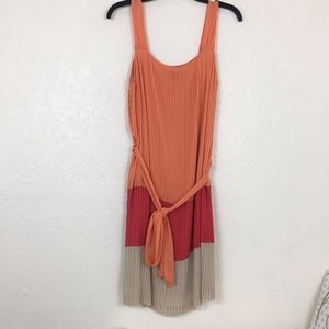 Dana Buchanan pleated shift dress size 10